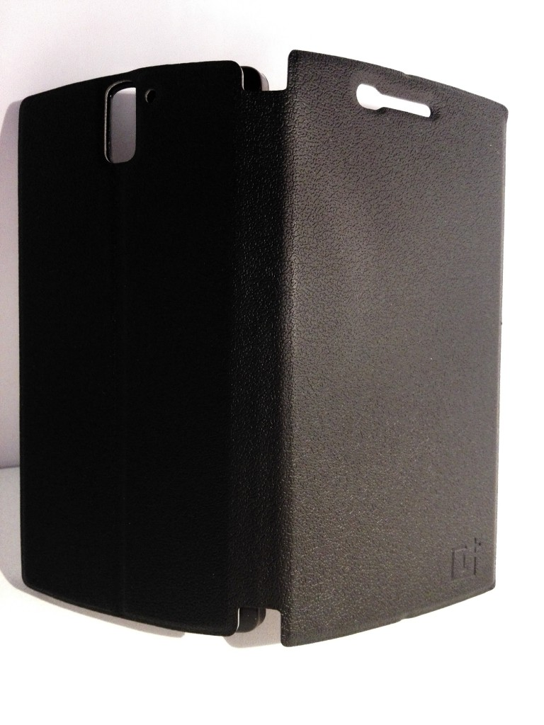 flip-cover-oneplus-one-noir-2