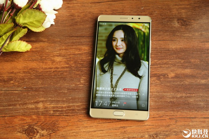 Gionee M6 Plus de face