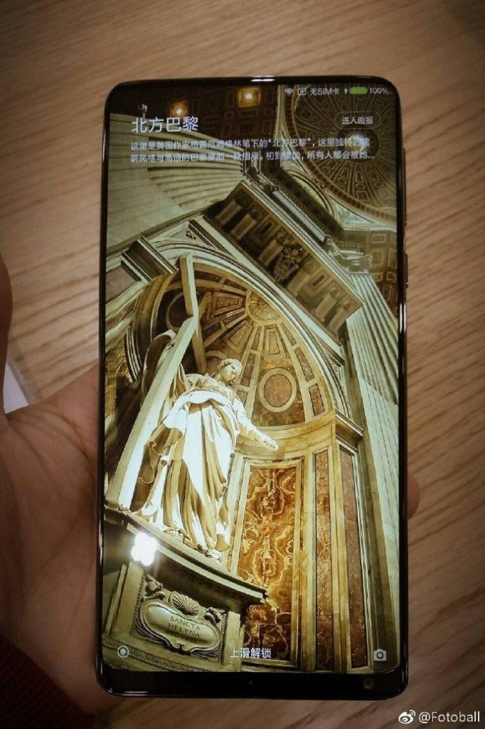 Xiaomi Mi Mix 2 en main